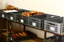 Les pains sortant du four.