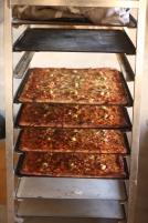 Pizzas au feu de bois pour la communauté.