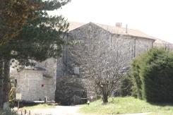 Le monastère de l'extérieur